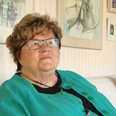 Leena Luoma i sitt hem