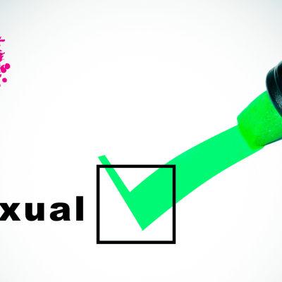 det står bisexual på ett papper och en ruta brevid det och rutan är i kruxad
