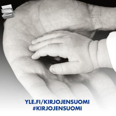 Isän ja lapsen kädet