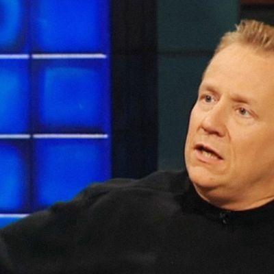 Yö-yhtyeen laulaja Arto Nybergin haastattelussa 2005.