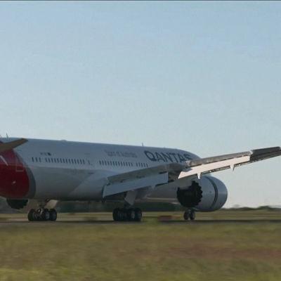 Ett passagerarplan landar i Sydney den 20 oktober 2019 efter att ha avgått från New York 19 timmar tidigare.