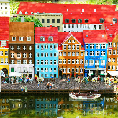 Legoista tehty Nyhavn Kööpenhaminassa.