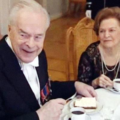 Kapteeni Gerdt Linnan juhlissa 2009.