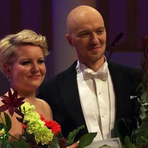 Voittajat Virva Puumala ja Jussi Vänttinen.