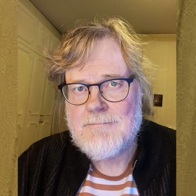 Kapellimestari ja säveltäjä Atso Almila maaliskuussa 2021.