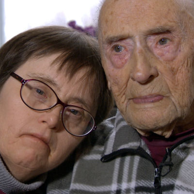 Solveig Lillsunde tillsammans med sin pappa Eric Kjerulf.