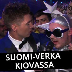 Suomalainen Petri Virta Verka Serduchkan asussa Kiovan TV-lähetyksessä.