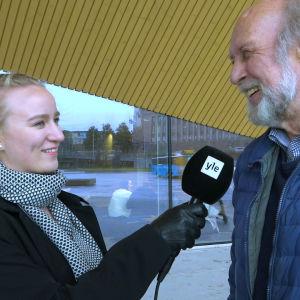 Petra Laiti intervjuar finländare på gatan om vad dom vet om samerna i Finland.