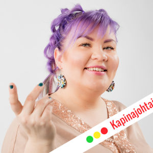 Jenny Lehtinen hymyilee kuvassa. Kuvassa grafiikkateksti: Kapinajohtajan kuulumiset.