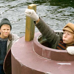 Pertsa ja Kilun uudet seikkailut. Näyttelijöinä Ville Turtiainen ja Joona Mielonen.