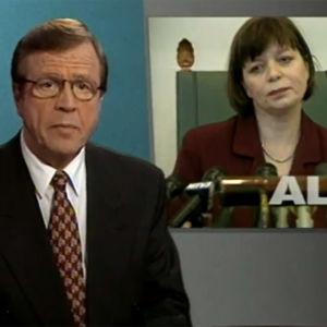Arvi Lind kertoo uutisen Arja Alhon erosta (1997).