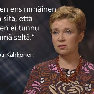 Kirjailija Sirpa Kähkönen tv-ohjelmassa Flinkkilä & Tastula.