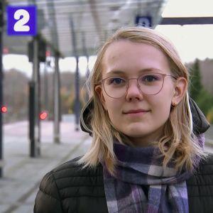 Kristiina Makkonen är på väg till bioresonansmottagning i Esbo.
