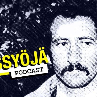 Mustavalkoinen kuva miehestä ja teksti Ihmissyöjä-podcast.
