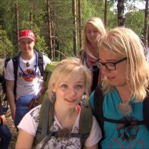 Ella ja Womma Nuuksion kansallispuistossa kesällä 2011.