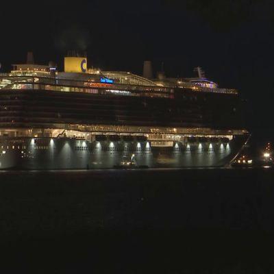 Costa Toscana lähti Turusta merikokeisiin Itämerelle.