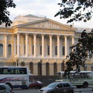 Venäläisen taiteen museo.