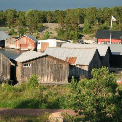 Gamla båthus i Eckerö.