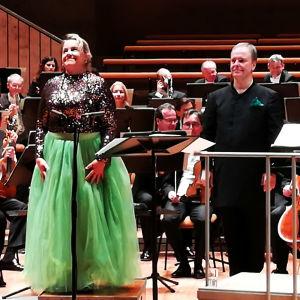 Anu Komsi ja Sakari Oramo Berliinin Filharmoniassa 28. marraskuuta 2019.