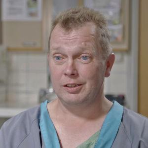 Timo on menossa avosydänleikkaukseen.