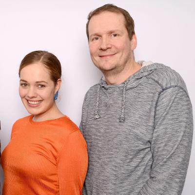 Juha-Pekka Sillanpää, Oona Airola ja Jami Liukkonen seisomassa
