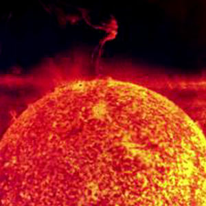 kuva auringonpurkauksesta