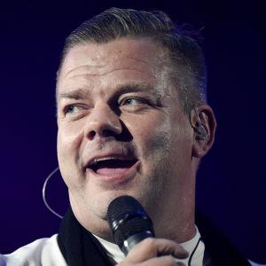 Sångaren Jari Sillanpää