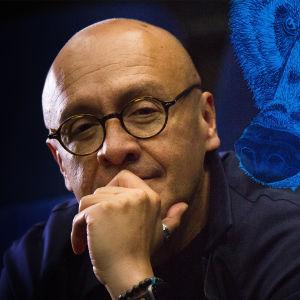 Kuva äänisuunnittelija Martin Hernándezista.
