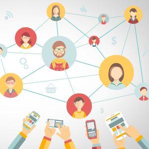 Ihmisiä algoritmien hallitsemassa verkostossa