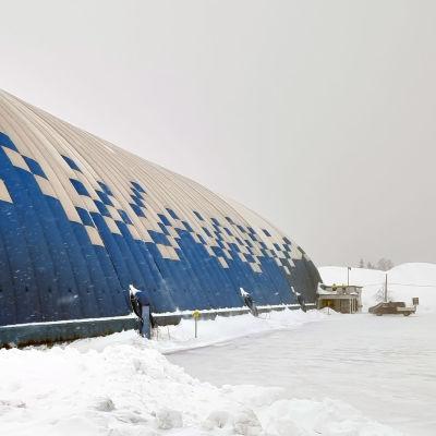 Imatran palloiluhalli Ukonniemessä