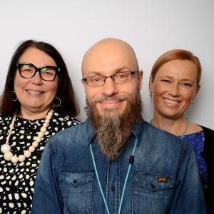 Kuvassa Timo Huovinen, Ismo Silvo, Merja Ylä-Anttila, Sami Koivisto ja Riikka Räisänen.
