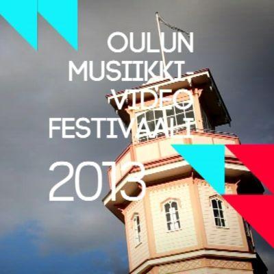 Yle live Oulun musiikkivideofestareilla -ohjelman tunnus. Taustalla Oulun linnan torni