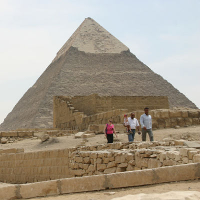 Gizan pyramideista suurin - Hofu