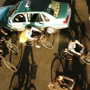 Liikennettä Shanghaissa.