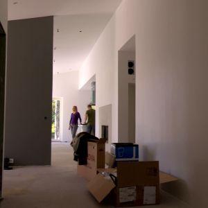 Det blivande vardagsrummet med korridor.