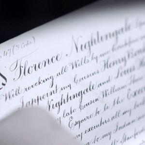 Kenelle Britannian suurnimet Florence Nightingale, Charles Dickens ja Horatio Nelson halusivat jättää vaalimansa omaisuuden.