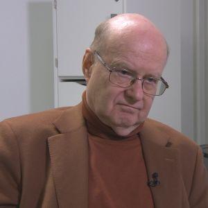 Ville Valtonen, HYKSin emeritusprofessori, ylilääkäri evp.