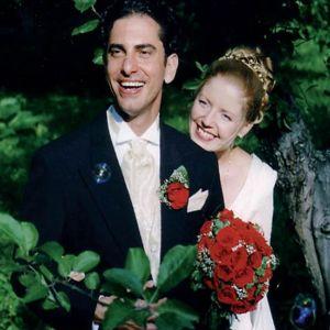 André Noël ja Hanna menivät naimisiin v. 2003. Kotikieleksi vaihtui suomi.