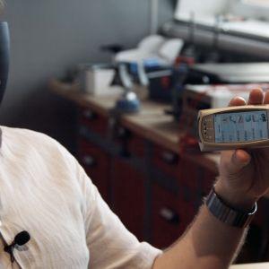 Tarina Nokian ja koko suomalaisen matkapuhelinalan noususta ja tuhosta. Nyt puhuvat keksijät ja insinöörit.