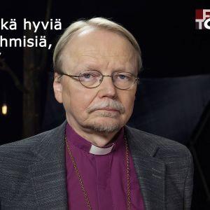 Arkkipiispa Kari Mäkinen vieraana tv-ohjelmassa Flinkkilä & Tastula.