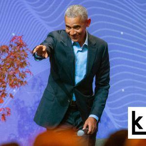 Yhdysvaltojen entinen presidentti Barack Obama osoittaa yleisöön Oslo Business Forum -tilaisuudessa syyskuussa 2018.