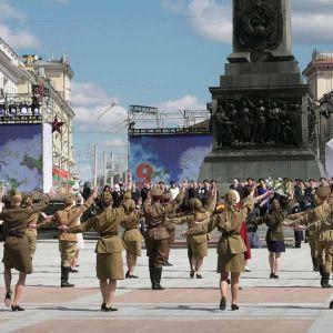 Stalinin perintö elää Valko-Venäjällä, joka liittoutuu yhä tiukemmin Venäjän kanssa kansan vastustuksesta huolimatta.