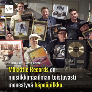 Kuvassa Mökkitie Records.