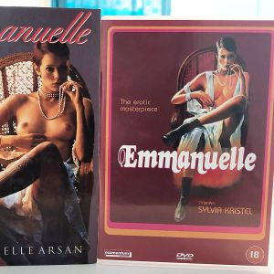 Kuvassa Emmanuelle - kirja sekä DVD.