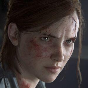 Lähikuva pelin päähenkilöstä Elliestä.