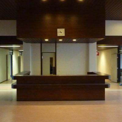 Östra korridorslängorna i Pojo kommunhus, andra våningen.