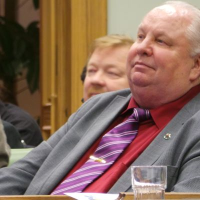 SDP:n Porin valtuustoryhmän puheenjohtaja Esa J. Wahlman