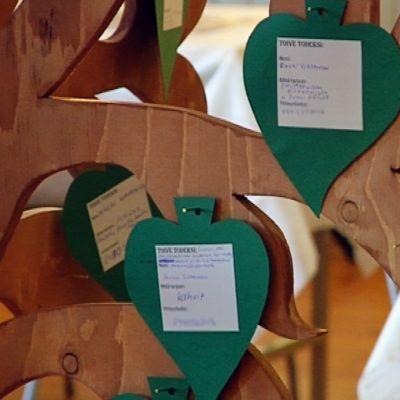 Hyvän tahdon puu Viitasaarella.