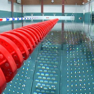 Muuramen uimahallin puolitoista vuotta kestänyt remontti on viimein loppusuoralla.