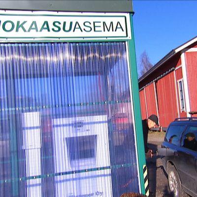 Biookaasun tankkausasema.